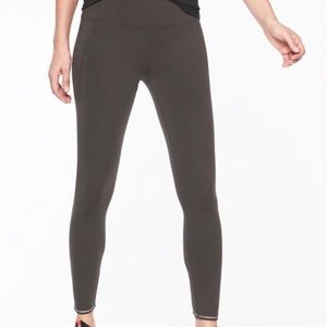 Athleta Gray Run Free 7/8 Leggings Size Small